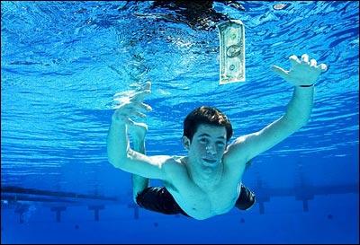 Spencer Elden, il neonato della copertina di Nevermind dei Nirvana, nel 2008