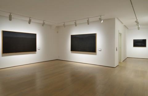 Alberto Burri - Opera al nero. Cellotex 1972-1992 - veduta della mostra presso la Galleria dello Scudo, Verona 2012-13 - photo Paolo Vandrach