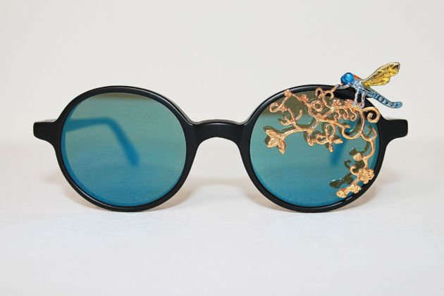 Avish Kehbrehzadeh, Maskhara with Dragonfly, 2014, Gold plated, silver and enamel, LGR Sunglasses, Edition 1 of 25