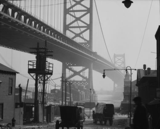 Emil Otto Hoppé, Delaware Bridge, Philadelphia, Pennsylvania, 1926, USA, Vintage gelatin silver print, © E.O. Hoppé Estate Collection / Curatorial Assistance