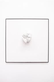 Michelangelo Galliani, Principio e destino, 2015, marmo statuario di Carrara e incisione a bulino