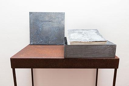 Pier Paolo Calzolari, Cantata Bluia libro dore, 1999, libro d'artista - #4 Courtesy galleria Riccardo Crespi, photo by Marco Cappelletti
