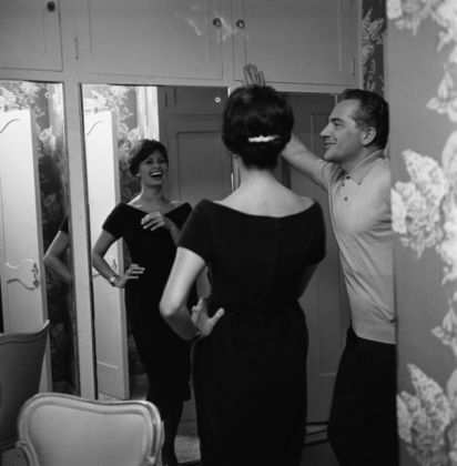 Rossano Brazzi with Sophia Loren at Sid Avery's home in Beverly Hills in 1958 - © Sid Avery : mptvimages.com