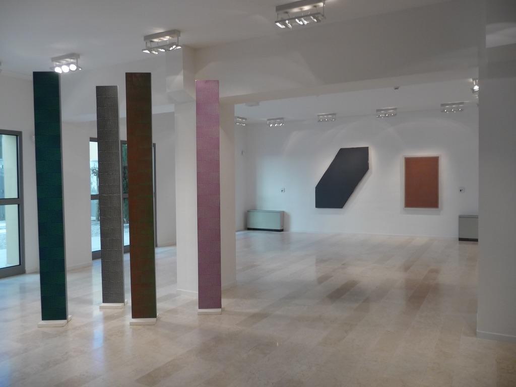 La pittura astratta secondo l 39 italia degli anni settanta for Mostra della casa moderna udine