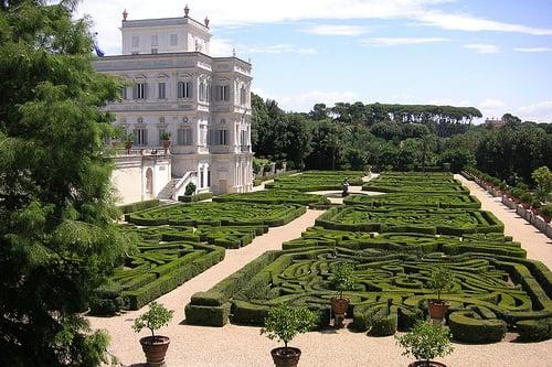 Villa Pamphilj, a Roma