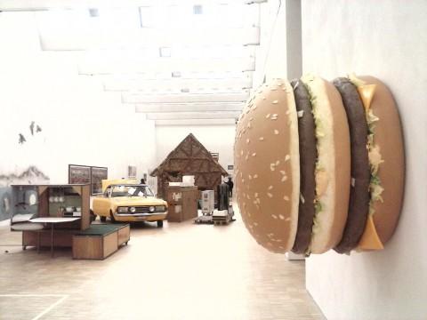 Arts & Foods. Rituali dal 1851 – veduta della mostra presso la Triennale, Milano 2015