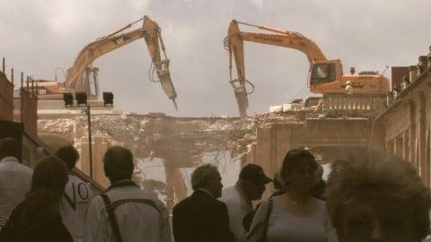 Bettina Hutschek, City Gate. Diary of a Demolition