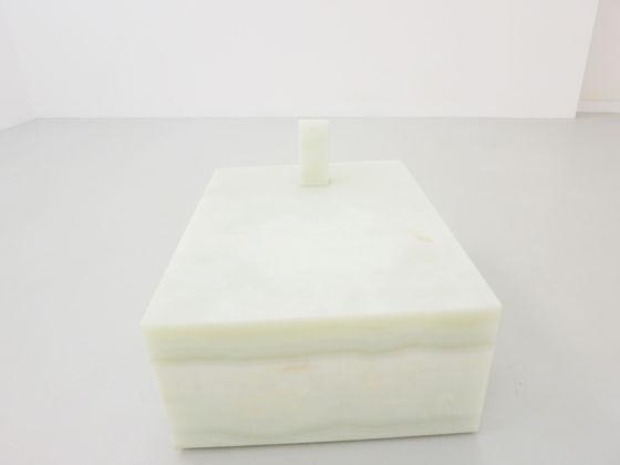 Hidetoshi Nagasawa – Sette anelli - veduta della mostra presso la Galleria Renata Fabbri, Milano 2015