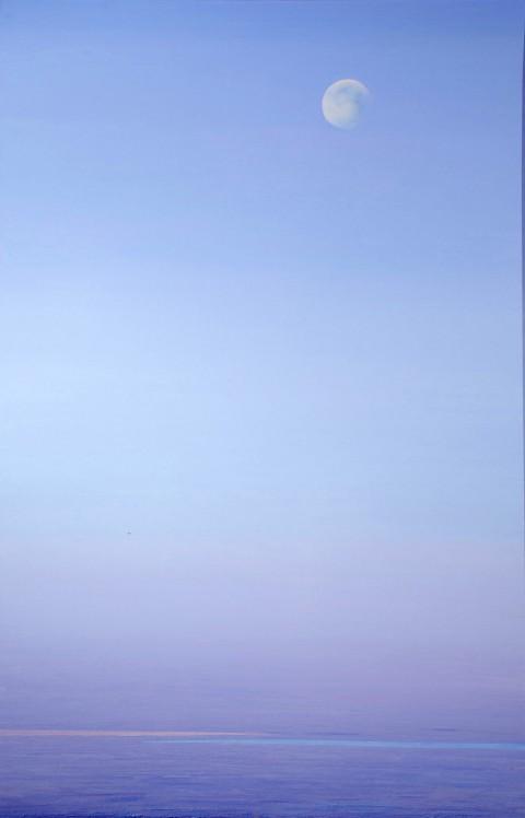 Piero Guccione, Luna mattutina, 2009-10, olio su tela, cm 150 x 98, collezione privata