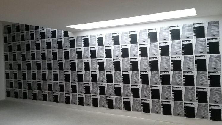 William E. Jones - veduta della mostra presso la Galleria Raffaella Cortese, Milano 2015 - i documenti CIA