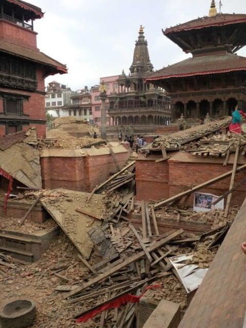 Krishna Mandir dietro le rovine dei templi Hari Shanker e Uma Maheswar (Patan) - dopo