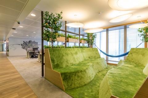 La sede di LinkedIn Italia disegnata da Il Prisma a Milano