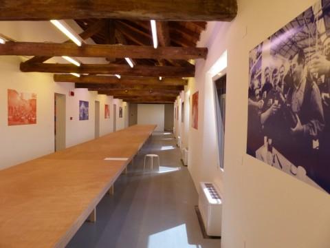 NOI - veduta della mostra al Palazzo dei Musei, Reggio Emilia 2015 - allestimento di Francesco Librizzi