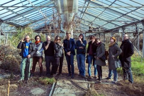 Serre di Villa Rovere, insediamento floro-vivaistico - il gruppo di lavoro dopo l'esplorazione e le riprese per la realizzazione del video sulle serre - photo Filippo Venturi