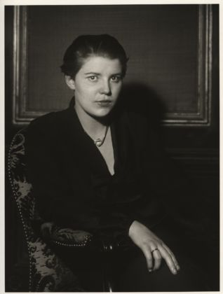 August Sander, German, 1876–1964 Film Actress [Tony van Eyck], 1933 from People of the 20th Century: The Actor Gelatin silver print, 10 3/16 × 7 3/8'' (25.8 × 18.7 cm) The Museum of Modern Art, New York Acquired through the generosity of the Sander family