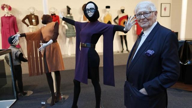 Pierre Cardin nel suo museo parigino