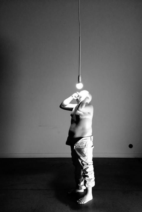 Bernardi Roig, Light never lies (fatherpetit), 2014