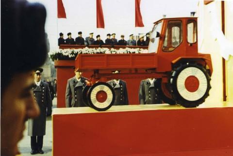 Boris Mikhailov, Red Series, Courtesy Camera - Centro Italiano per la Fotografia