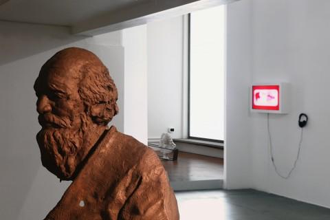 Michelangelo Consani - Le cose potrebbero cambiare - veduta della mostra presso Prometeogallery, Milano 2015