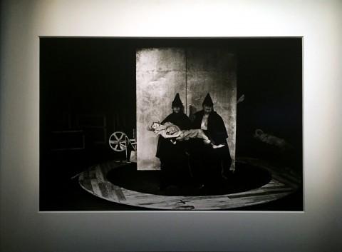 Taddeus Kantor, Macchina dell'amore e della morte - Museo Internazionale delle Marionette, Palermo 2015 - foto di Lia Pasqualino, 1987