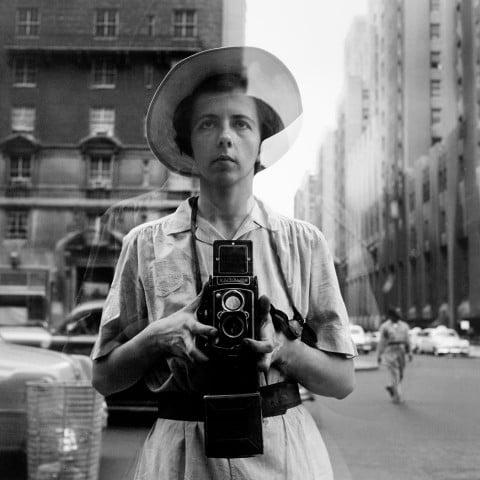 Vivian Maier, New York, 10 settembre, 1955 - © Vivian Maier/Maloof Collection, Courtesy Howard Greenberg Gallery, New York