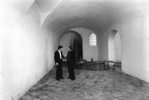 Personale di Mario Merz, Bagno Borbonico, Pescara, 1976 - photo Giorgio Colombo