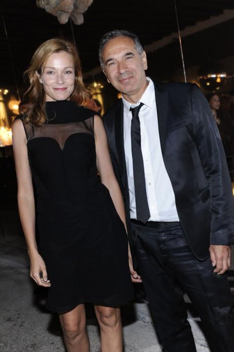 Stefania Rocca e Carlo Capasa chez Vuitton