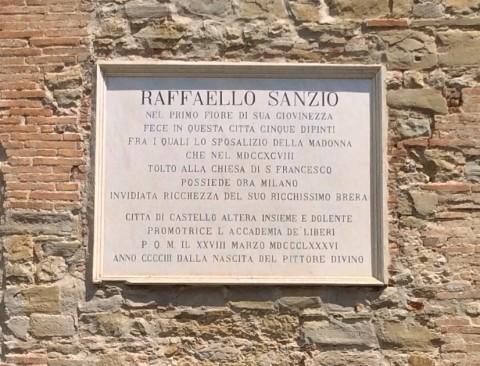 Targa dedicata a Raffaello a Città di Castello