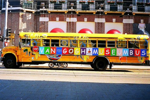 Amsterdam, Van Gogh Museum bus