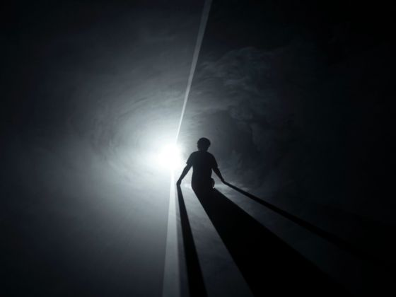 Anthony McCall, Meeting You Halfway (II), 2009