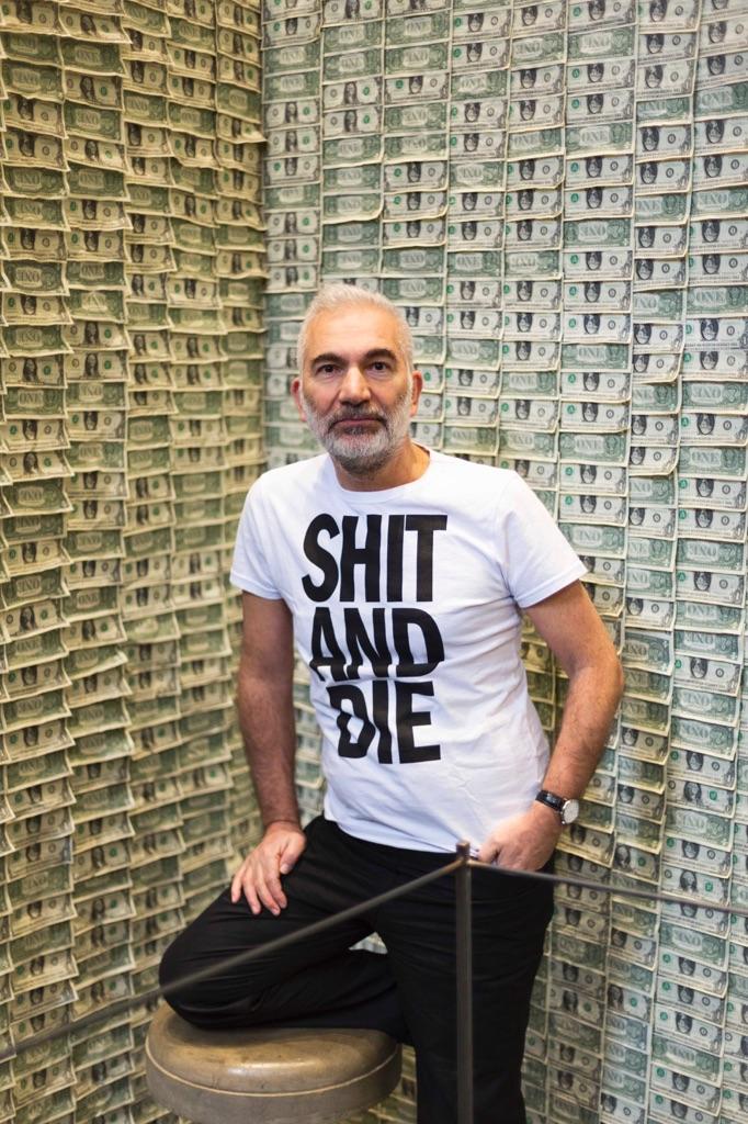 Gianni Colosimo ritratto alla mostra Shit and Die, Torino 2015 - photo Renato Ghiazza