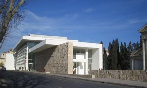 L'edificio dell'Ara Pacis. Occorre chiedere l'autorizzazione a Richard Meier?