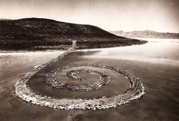 Robert Smithson, Spiral Jetty, 1970 - Gianfranco Gorgoni