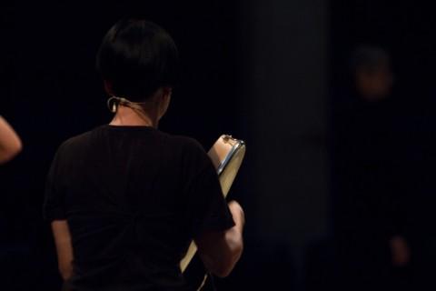Shirin Neshat - Shoja Azari - Mohsen Namjoo, Misteri e fuochi - Teatro Margherita, Bari 2015 - backstage