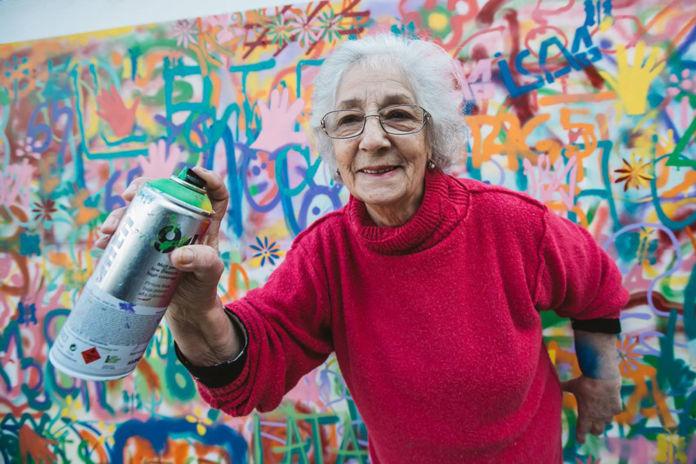 Una street art di Lisbona, gruppo LATA 65 - foto via thisiscolossal.com