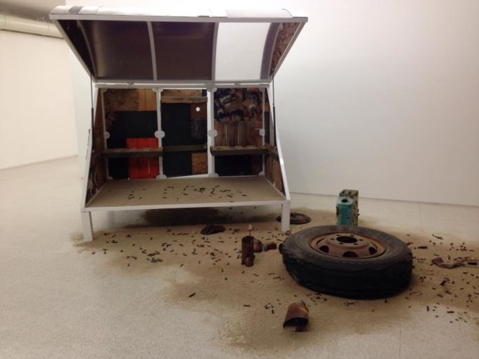 Andrea Zittel, A-Z Wagon Station customized by Hal McFeely 2003 - photo Anna Fornaciari