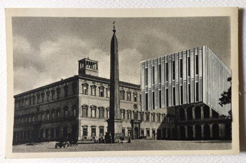 Collage su cartolina di Luca Galofaro