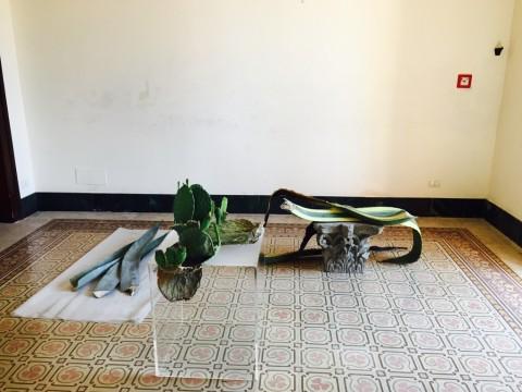 Ficarra Contemporary Divan - André Romão, Sono arrivato in Sicilia con una penna e un coltello, tre giorni dopo ho deciso di usare appena il coltello, 2015