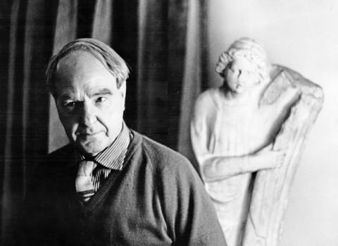 Henry Moore - photo © Mario Dondero
