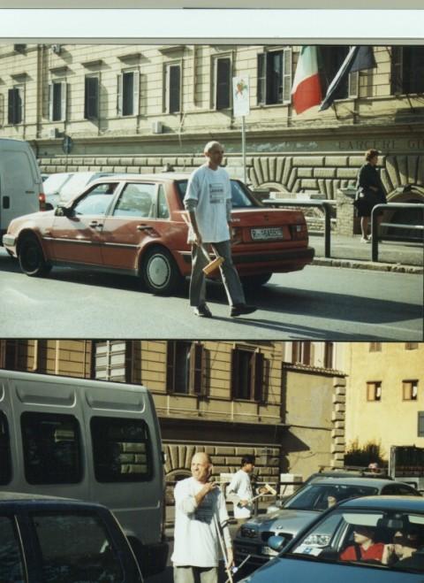 Pino Boresta, Lavavetri Not Profit, Roma 2001 - documentazione della performance