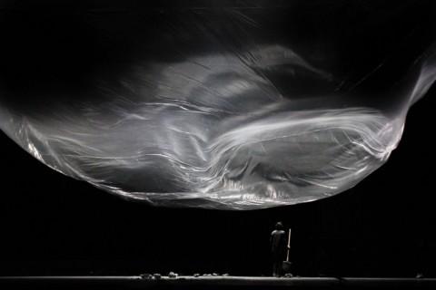 Dimitris Papaioannou, Still Life - photo Dimitris Theodoropoulos