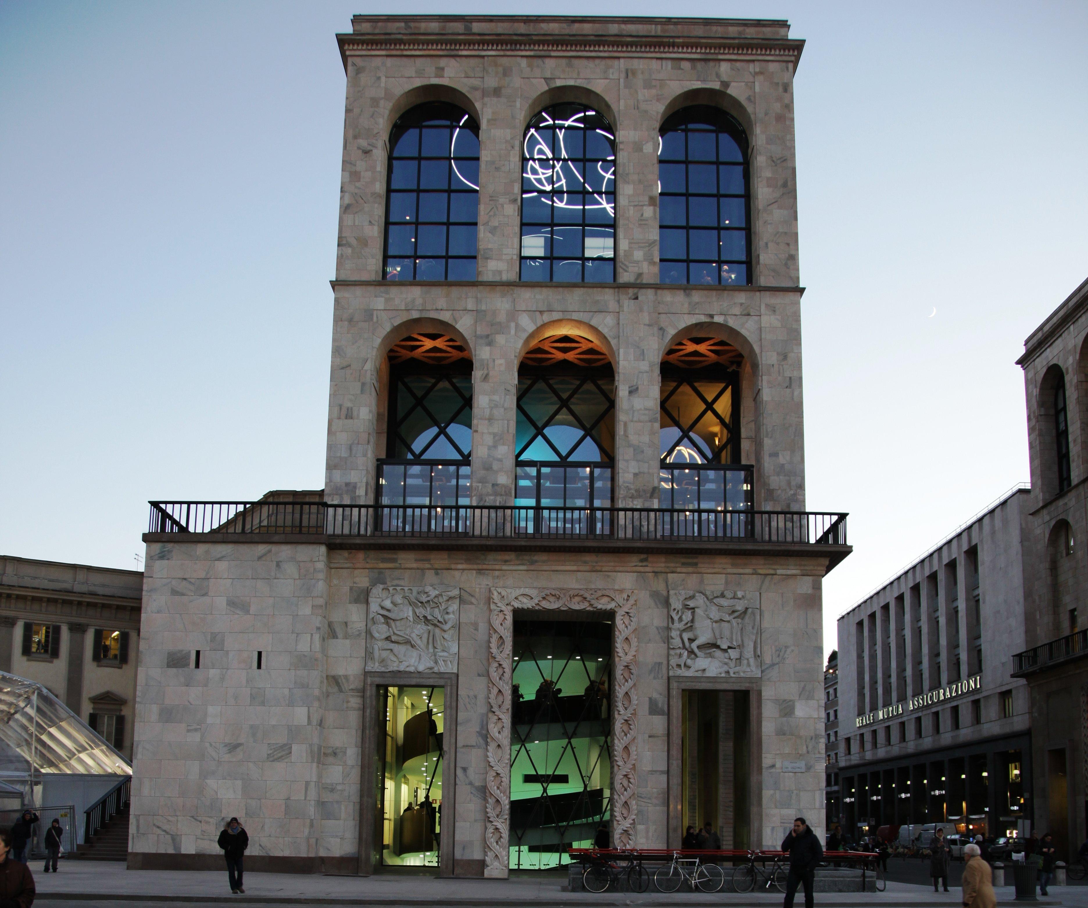 Museo Del 900 Milano.Tanti Auguri Museo Del Novecento Compie 5 Anni Lo Spazio Milanese