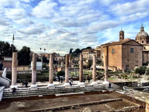 Il Tempio della Pace di Roma dopo l'anastilosi delle colonne