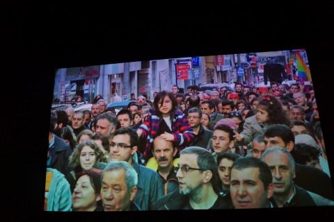 Istanbul, Passion, Joy, Fury - MAXXI, Roma 2015 - manifestazione a Gezi park