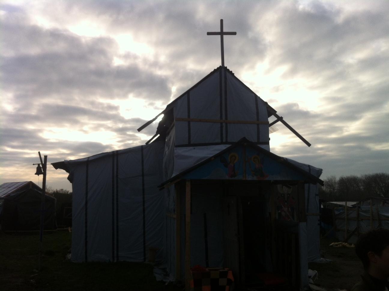 La giungla di Calais - chiesa