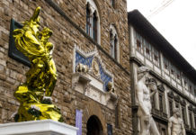 Pluto and Proserpina di Jeff Koons a Firenze