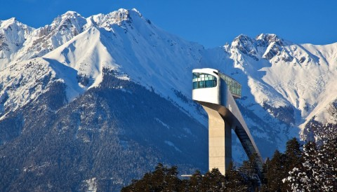 Il Bergisel Ski Jump di Innsbruck, disegnato da Zaha Hadid