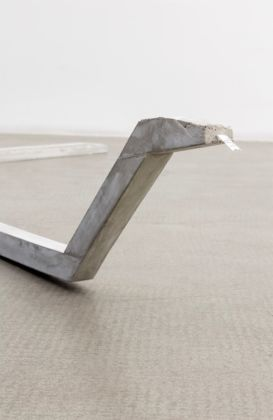 Judith Hopf, Untitled (Serpent), 2015, concrete, metal, newspaper, courtesy of the artist and Kaufmann Repetto, Milano - New York