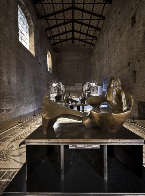 Mostra Henry Moore nelle Grandi Aule delle Terme di Diocleziano a Roma - © photo Alessandra Chemollo