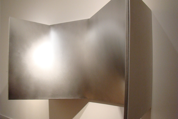 Enrico Castellani - Dominique Lévy Gallery, Londra 2016